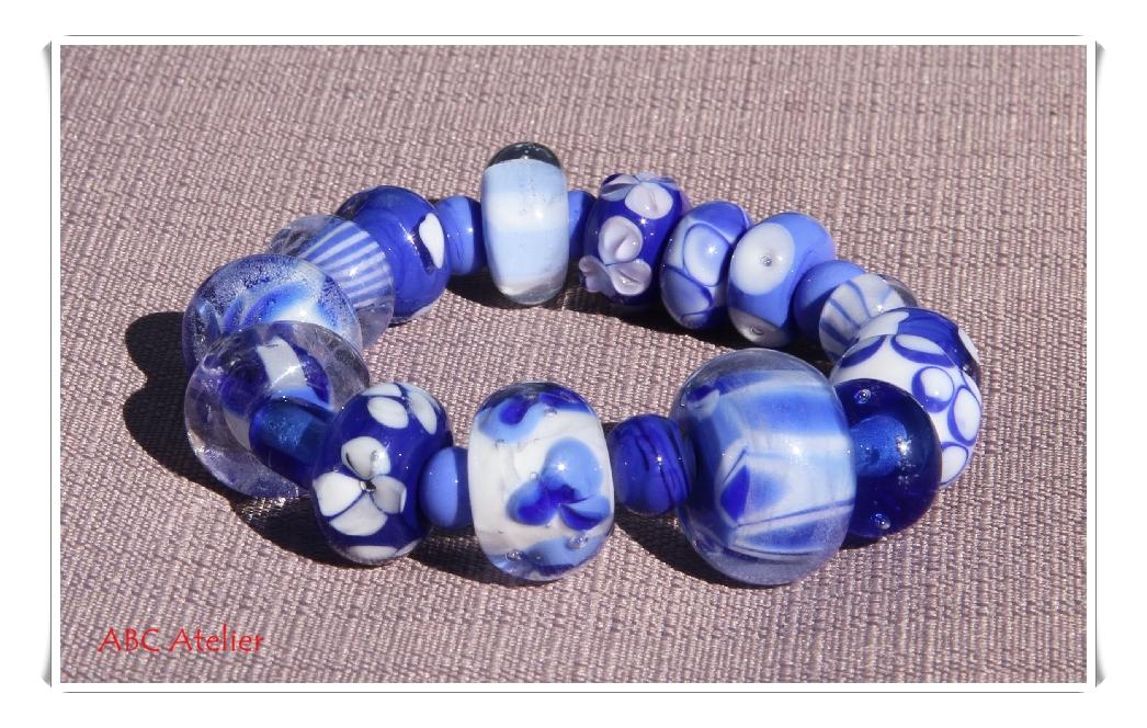 Armband in kobalt mit periwinkel und weiß