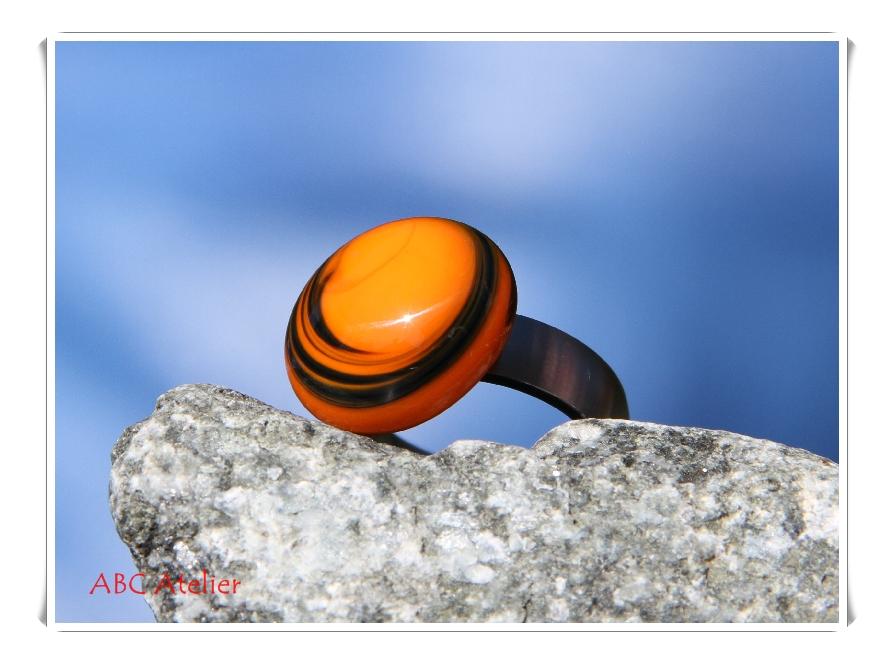 oranger Wirbel
